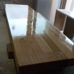 although we do not like so much the finger joint wood countertops, the client preferred this type of oak wood countertop over the one made out of continuous lamellas