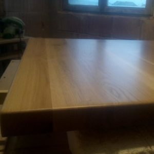 how to finish a solid oak wood tabletop with polyurethane varnish