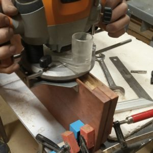 I milled the drawers fronts by fixing them on the table with two 3D printed corners jigs