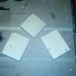 I used 3 pieces cut from a wide fir wood plank to build the handmade jig for cutting large wood beams
