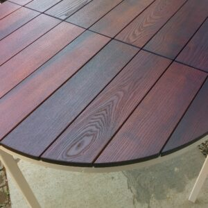 the thermally treated ash wood looks wonderful after applying a layer of oil