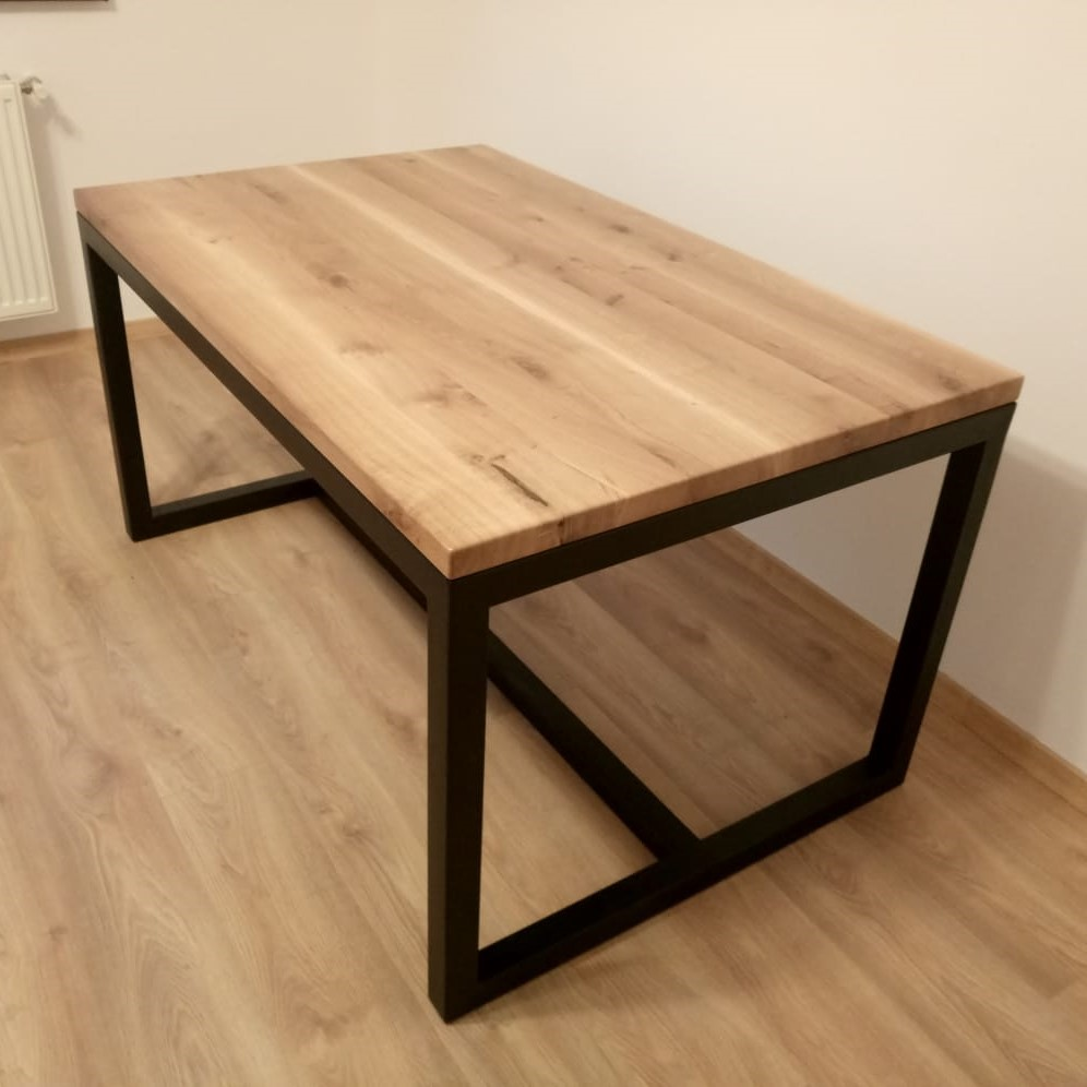 we keep the natural color of the oak wood table top in order to match the oak parquet floor