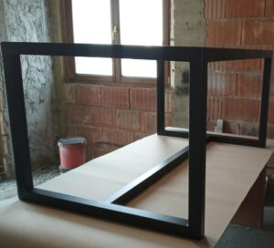 the metal frame was painted with black polyurethane paint