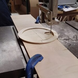 the new circle will be used as template to cutout 12 square of circles used for building the cylindrical frame