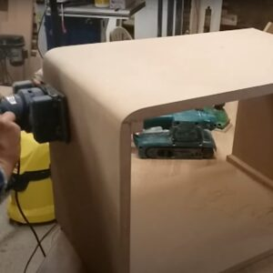 we rounded the outer corners by using the electric hand plane, the belt sander and the sheet sander