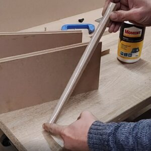 I applied the water based adhesive on the entire MDF strip, to join the two MDF boards on edges