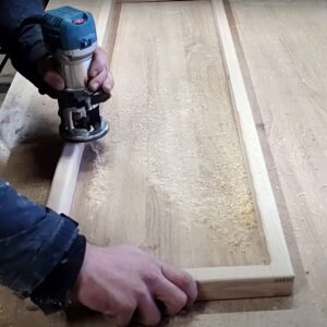 I rounded the edges of the bath towel holder frames using the router with a rounded router bit