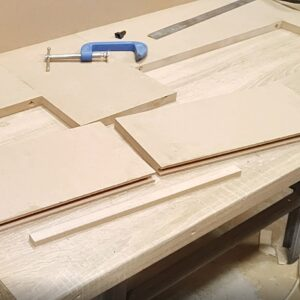 these are the MDF boards and the plywood strip needed to make the joint on edges