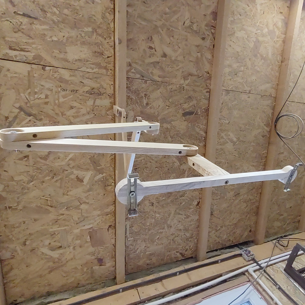 this is the way the adjustable wooden workbench light looks