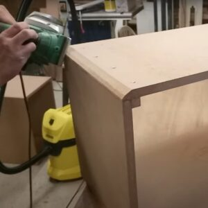 we made another two passes with the electric planer to round the corners of the boxes