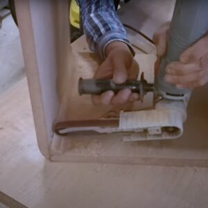 we rounded the inner corners with the narrow belt sander
